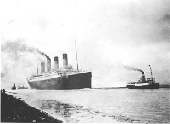 Titanic_Ship2